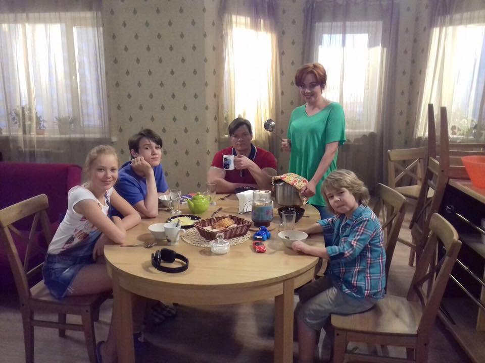 сериал семья светофоровых торрент скачать - фото 9